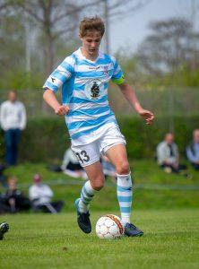 Hans Christian Bonnesen har spillet i Helsinge IF og kom derfra til FC Nordsjælland, hvor han var i tre år.